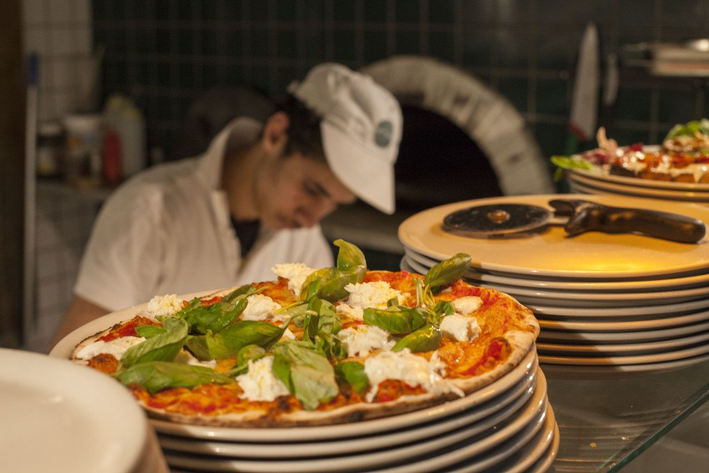 Pizzeria Roma: 3 motivi per provare Pepe!